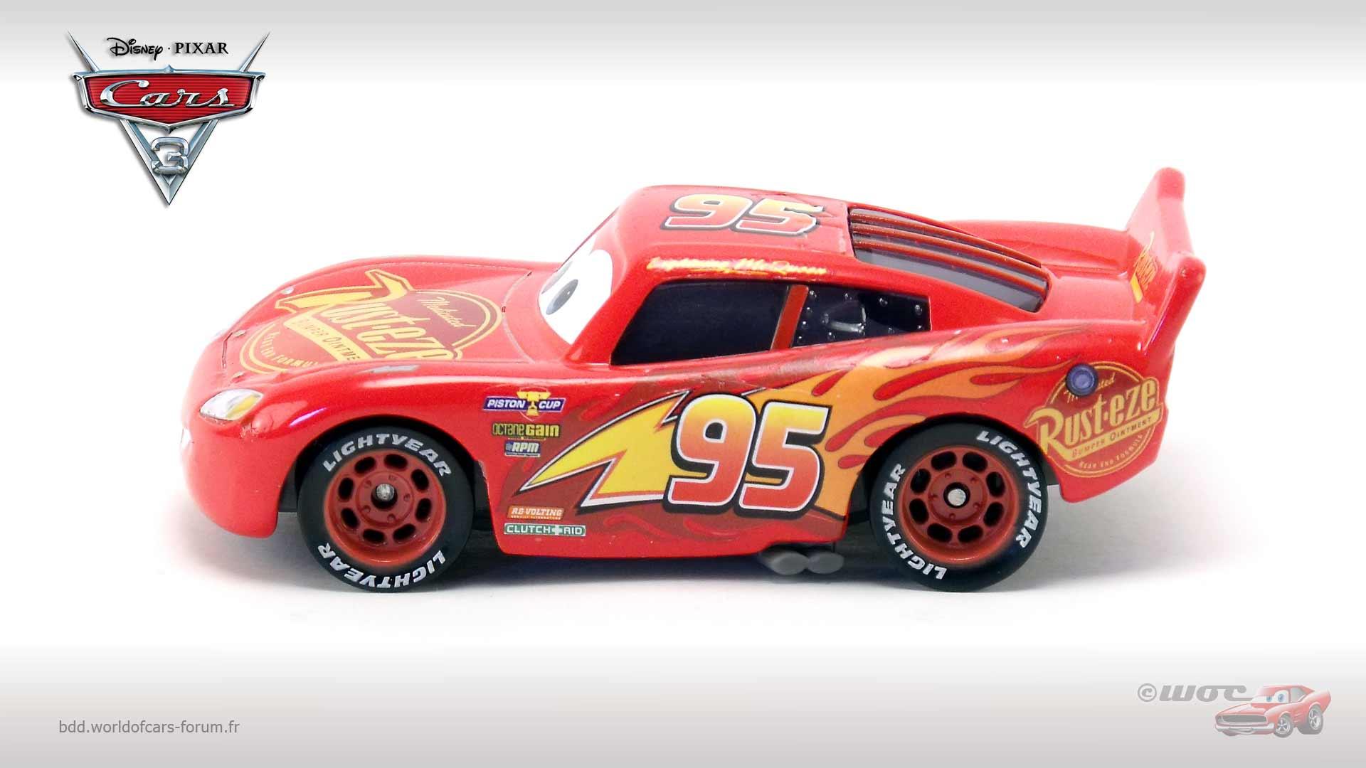 World of cars pr sentation du personnage flash mcqueen lightning mcqueen - Auto flash mcqueen ...