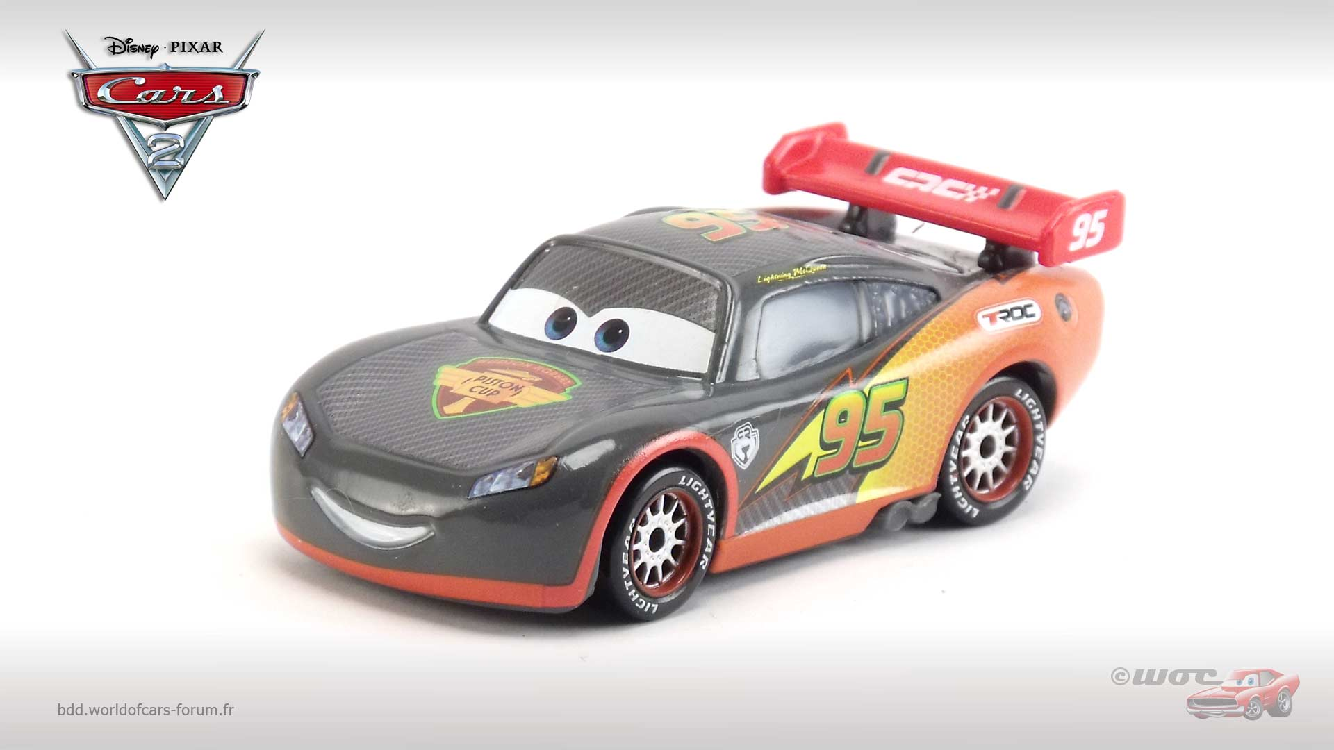 Lightning McQueen (Carbon Racers)