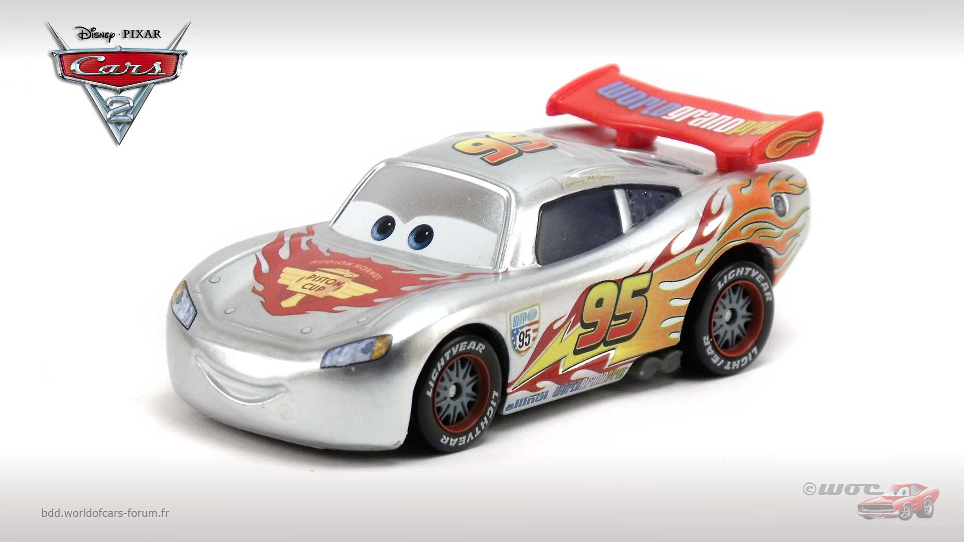 Lightning McQueen with Metallic Finish (Silver)